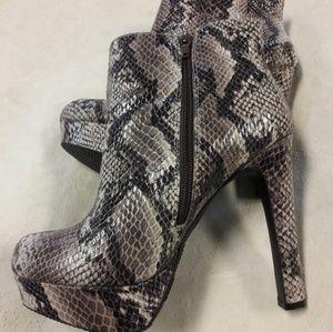Faux/ Snakeskin / Platform Heel Boots /NWOT